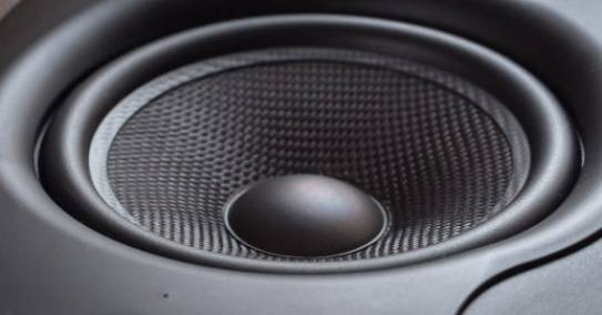 Arvuti kõlarid ei lülitu sisse/heli ei ole