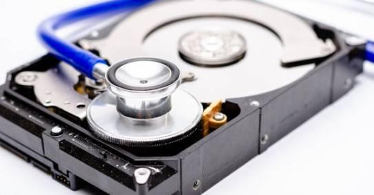 Millist programmi peaks kasutama andmete taastamiseks?